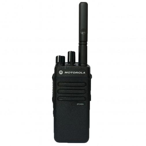 """DP2400e - Portatif analogique ET numérique DMR.      Ce talkie fait partie des nouvelles séries """"e"""" plus performantes.   Ce modèle remplace désormais le DP2400 ... - DP2400e"""